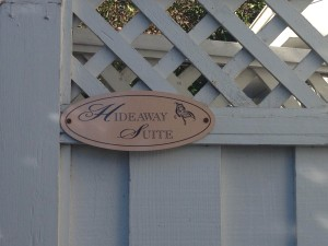 metal sign - Hideaway Suite